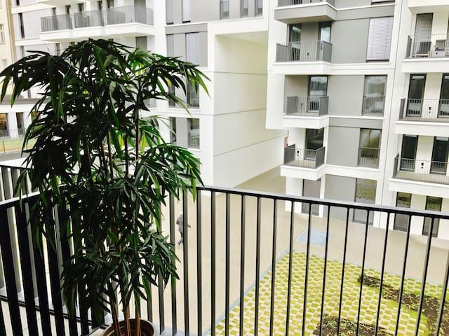 Design-Wohnung in ruhiger, zentraler Nachbarschaft - Berlin - Wohnung