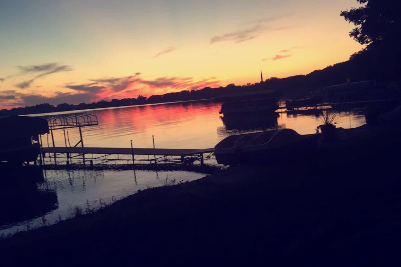 Diamond Lake Sunset