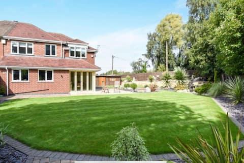 Modern family home, large garden, countryside