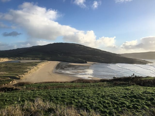 Fermoy to Youghal - 3 ways to travel via bus, taxi, and car