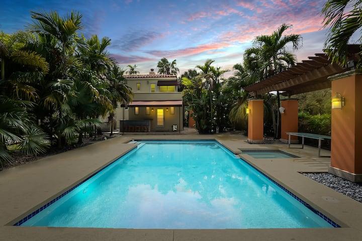 ☆Tropical Villa☆ w/ | Sauna | Pool