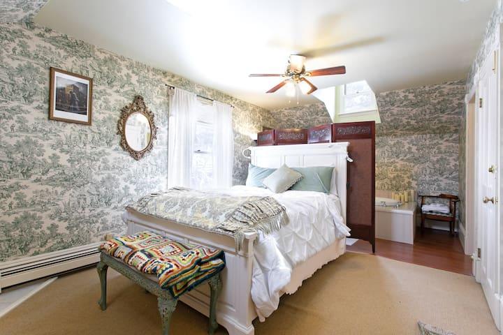 Guanella Pass Suite -Rose Street Bed & Breakfast