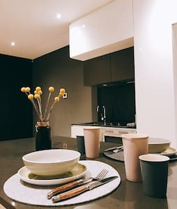 Cosy Private Entire 1 BED Apartment for Couple - Carlton - Wohnung