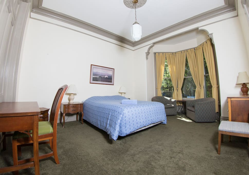 One of our spacious queen rooms.