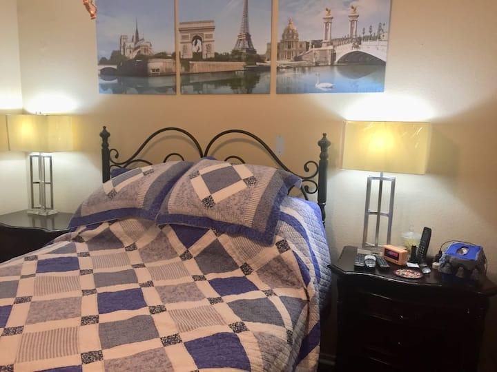 Paris Room with Semi-Private Bathroom