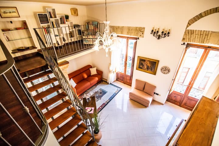 Manno 81 - Charming historic apartment