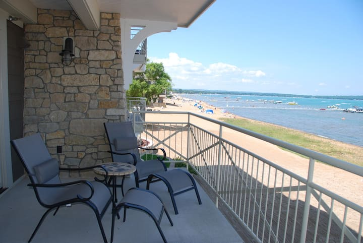 Suite with direct view of Grand Traverse Bay