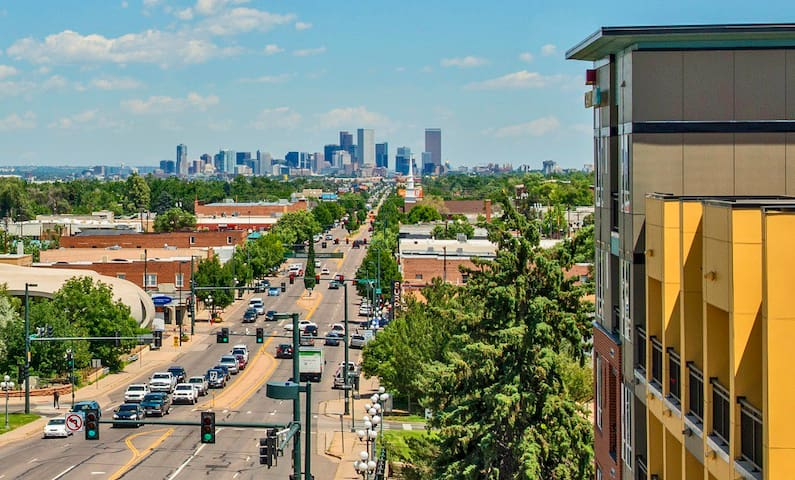 CORNER PENTHOUSE with AMAZING views of Denver!!! - Englewood - Pis