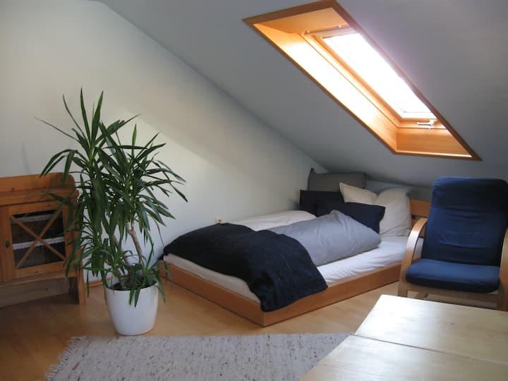 schönes Zimmer mit Küche/Bad