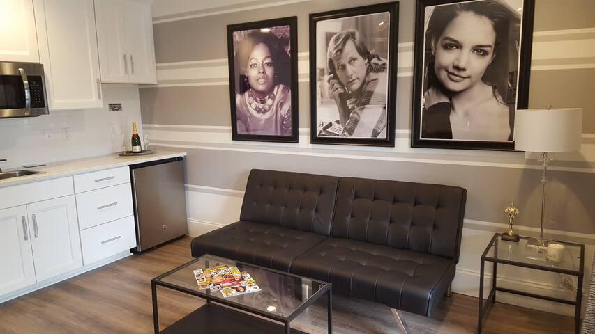 Devils Lake Inn -  Celebrity Suite