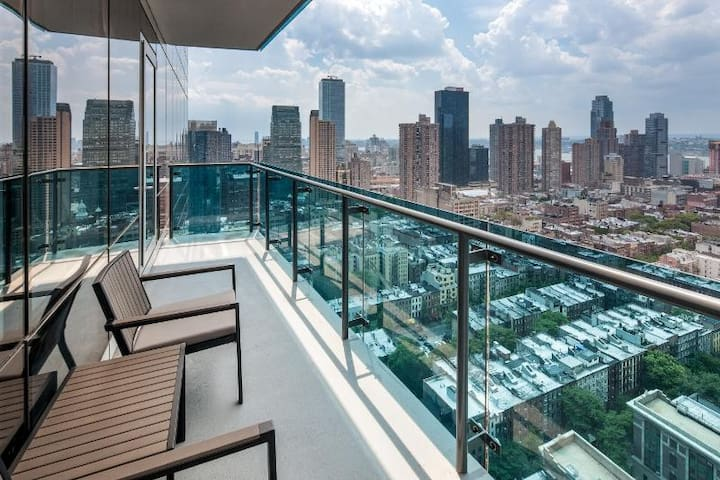 Sleep in the Clouds - Terrace - New York
