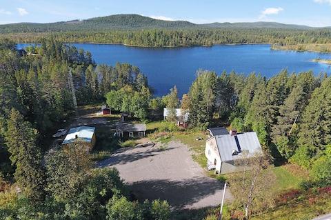 Σπίτι με λίμνη/βάρκα & χιονοδρομικό κέντρο στη σουηδική Λαπωνία