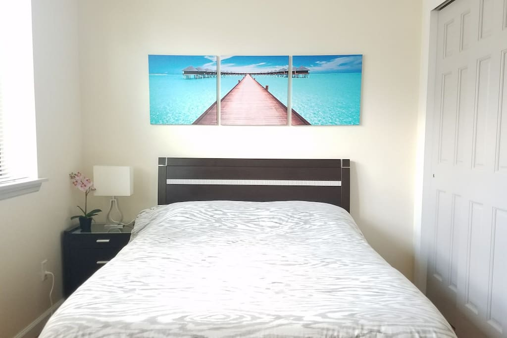 Blue water Canvas Art to help you relax and sleep better