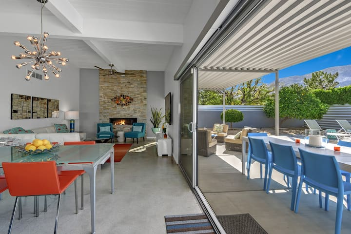 Palm Springs Gem! Mid-Century Modern Luxury!