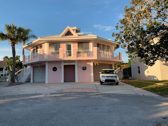 The Pink House               Of  Port Richey, FLA