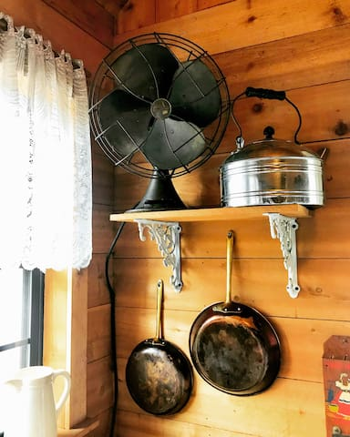 Whimsical vintage touches can be found throughout the cabin.
