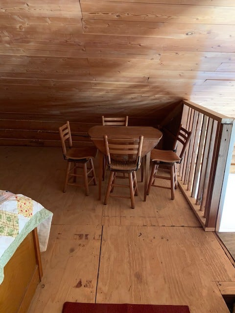 Horseshoe Cabin