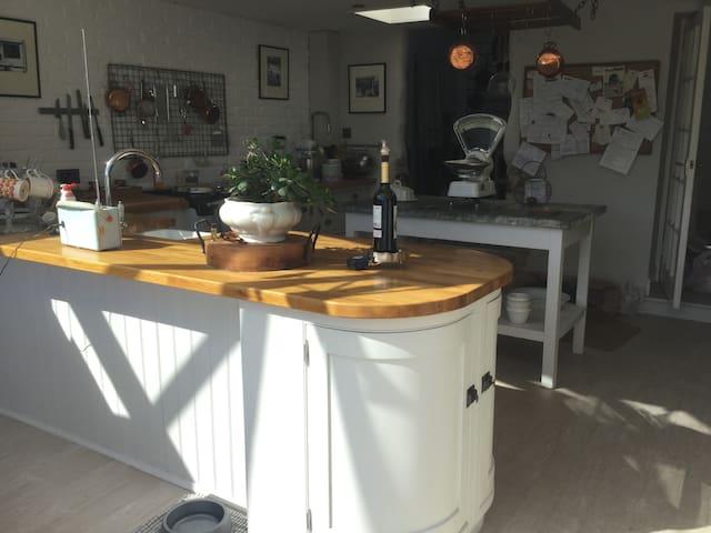 Manx Stone Town House - Castletown - Haus