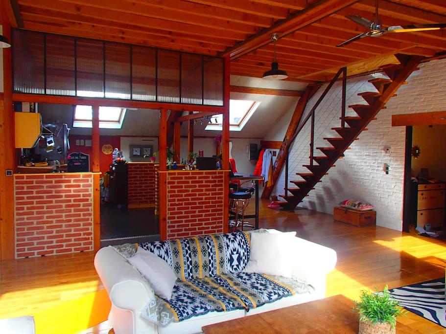 loft avec terrasse en plein centre ville lofts louer le havre normandie france. Black Bedroom Furniture Sets. Home Design Ideas