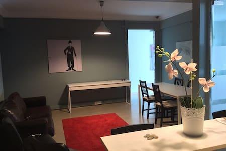 M8B Safe Comfortable Clean Shared Room | Gentlemen