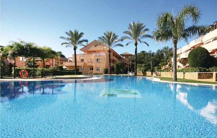 Holiday apartment with 3 bedrooms on 98m² in Marbella-Elviria