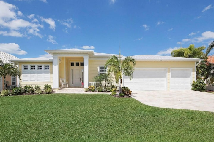 Wischis Florida Vacation Home - Paradise Key in Cape Coral