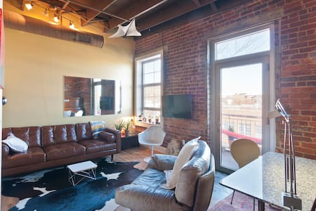 Hip Studio Loft in Central Downtown - Chattanooga