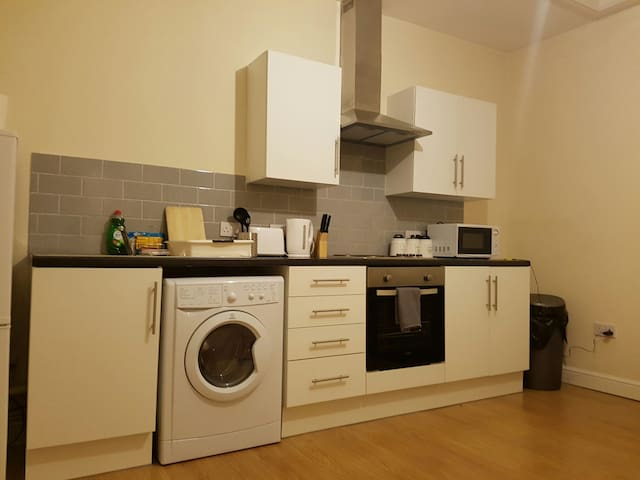 1 bedroom apartment close to Center - Cardiff - Lakás