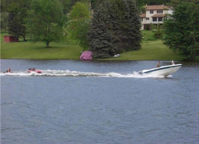 The Lakeside Retreat on Shickshinny Lake