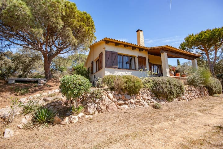 Cozy Mansion in Palafrugell near Beach
