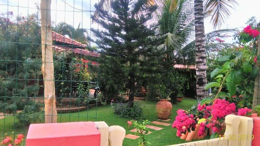 Suite entrada independente no Jardim em Prado