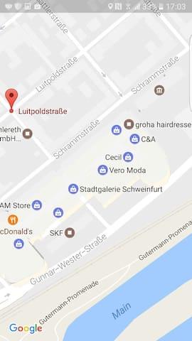 schönes Frauenzimmer mitten in City - Schweinfurt - Apartment