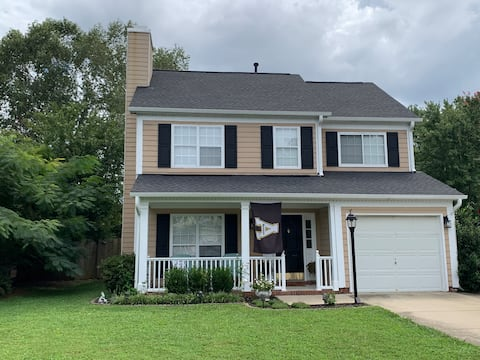 Quiet Room in Holly Springs close to RTP #1
