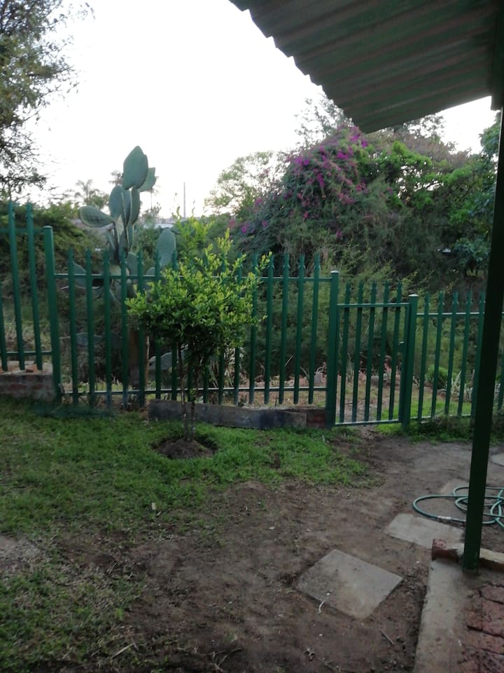 Own entrance, peacefull and lovely bird life