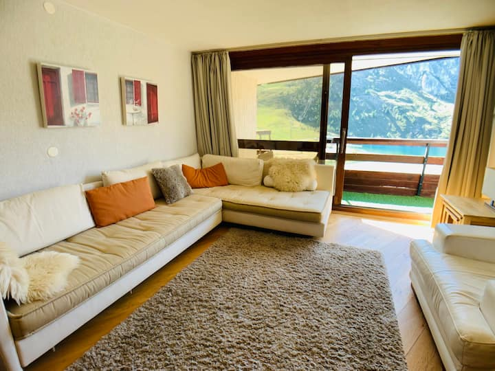 FABULOUS 3  BEDROOMED PAD IN THE HEART OF TIGNES LE LAC SKI IN SKI OUT RESIDENCE 6 PEOPLE WIFI