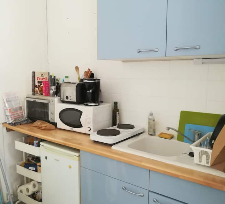 PROFESSIONAL CLEANING - beautiful Studio with wifi