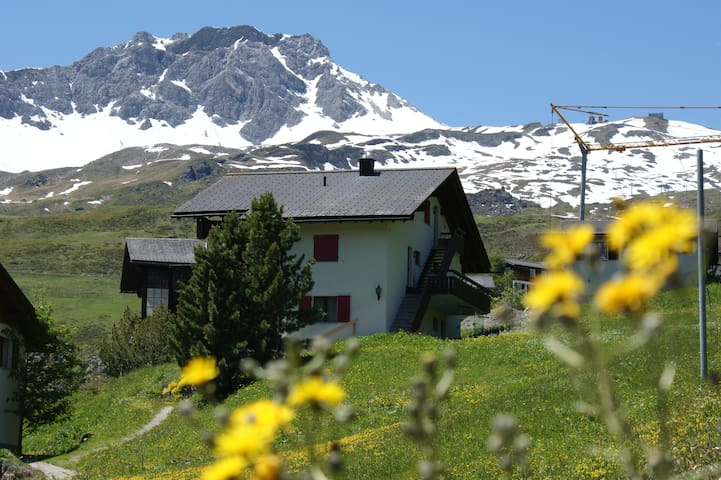 Chalet Christina with wonderful mountain view