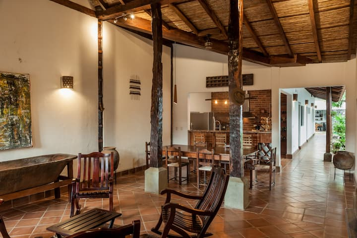 Colonial Charm and Modern Comforts in Granada