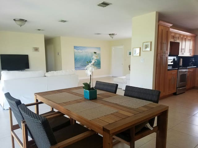 Beautiful Miami Home in the ideal LOCATION - Miami - Huis