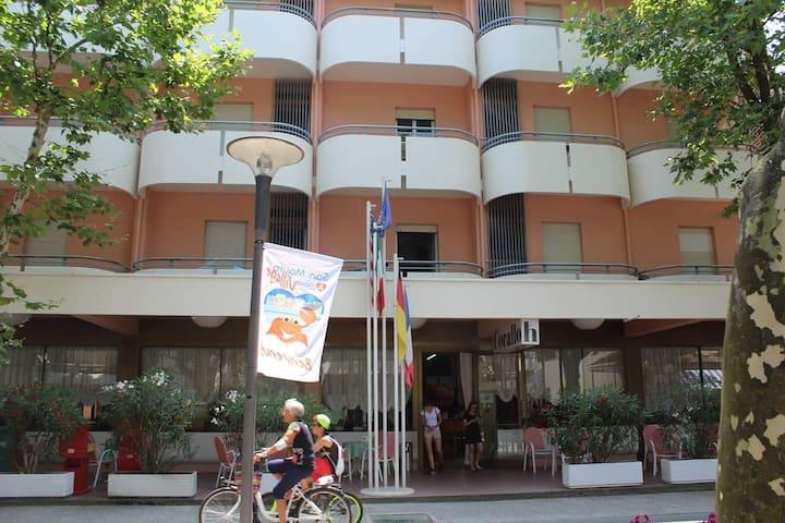 Hotel corallo san mauro a mare - San Mauro A Mare - ที่พักพร้อมอาหารเช้า