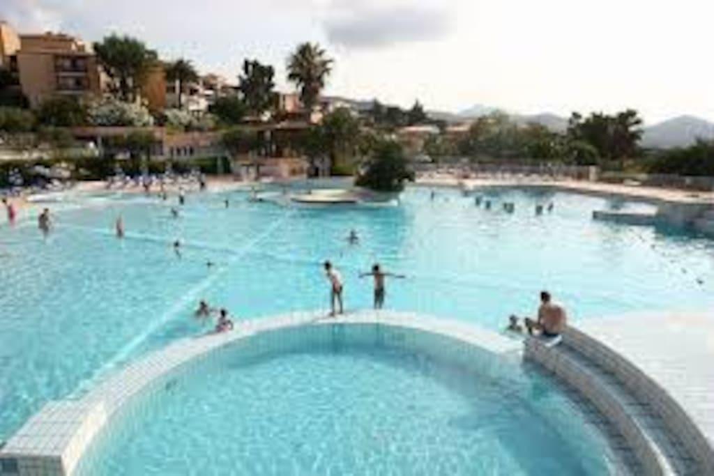 5 piscines