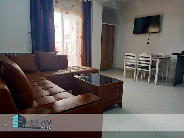 Appartement F2  Equipé - AKID LOTFI ( ORAN)