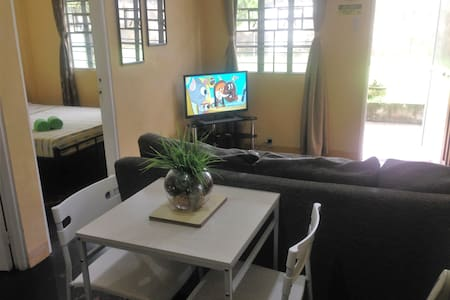 BEST VALUE 2 [Kitchen Garden 2Beds] Angeles Apart - Angeles City