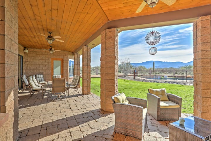 Tucson Home with Private Saltwater Pool & Hot Tub!