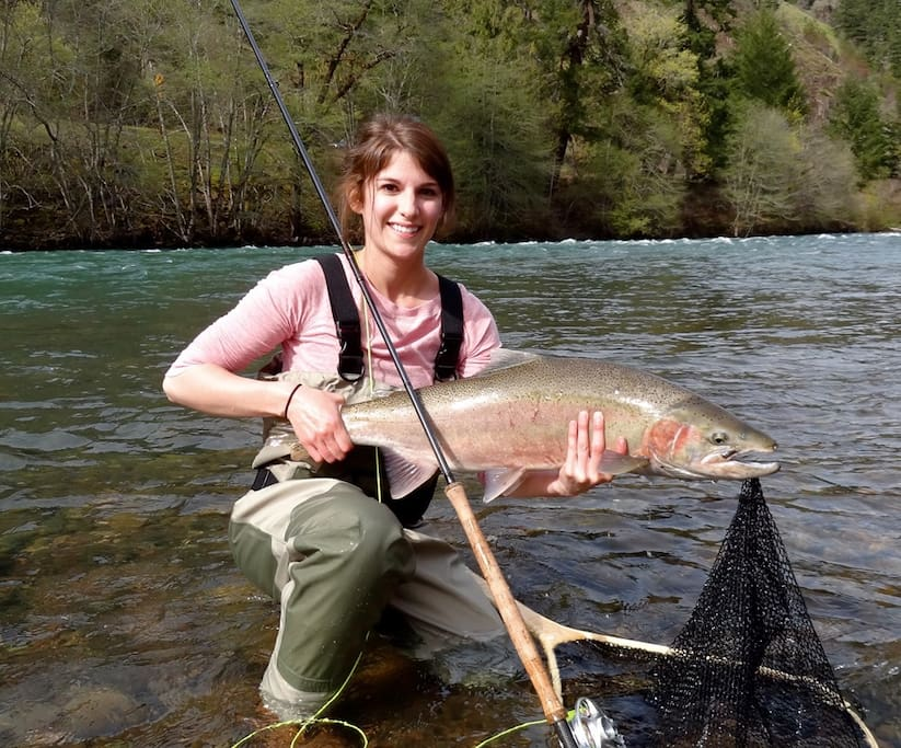 Our Umpqua River is one of the finest salmon fishing rivers in the world.