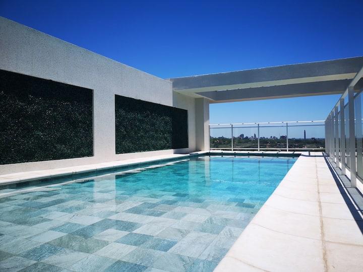 Hermoso departamento con piscina en Asuncion.