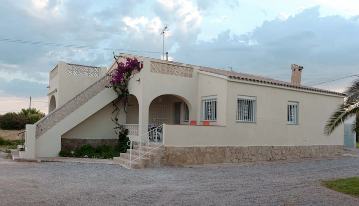 Maison à 60 mètres de la plage