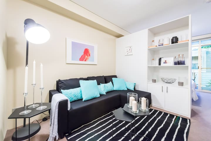 Two Bed Studio |  Close to Beach, City & Airport - Randwick - Apartment