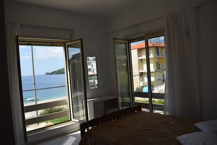 Family Apartment With Sea View