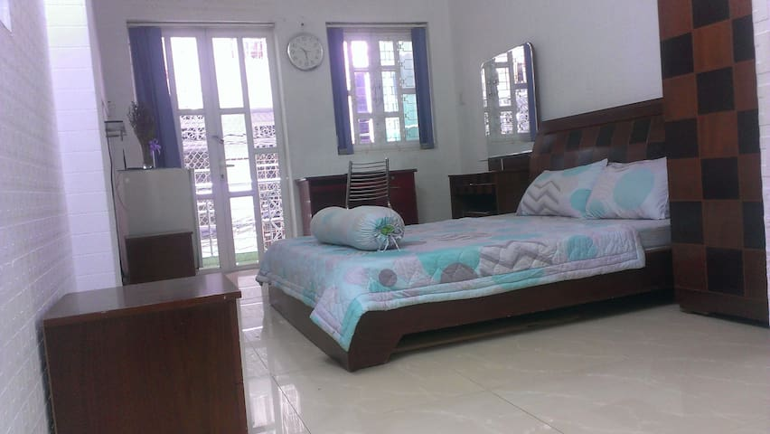 Homestay room cheapest price in central of HCM - Tân Thới Nhất - Dům